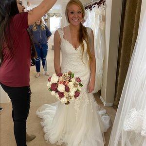 Never worn/altered, Maggie Sottero Wedding Dress